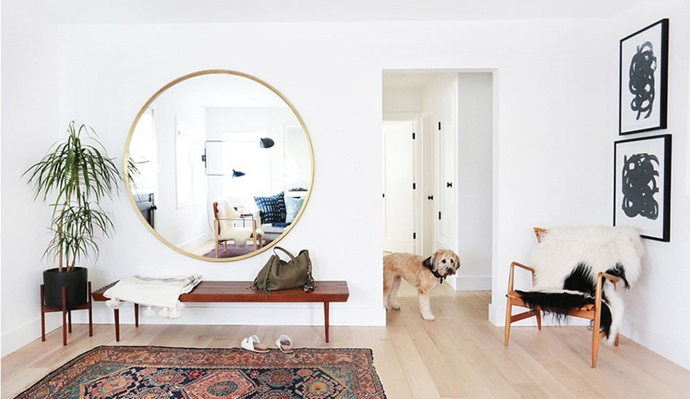 Amara 39 s creative director on the decorating hacks that for How to start decorating a living room